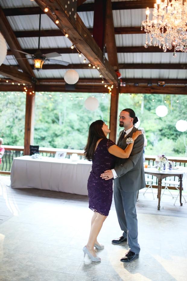 farmville-virginia-wedding-photographer-heather-michelle-photography-virginia-photographer-1-of-1-81